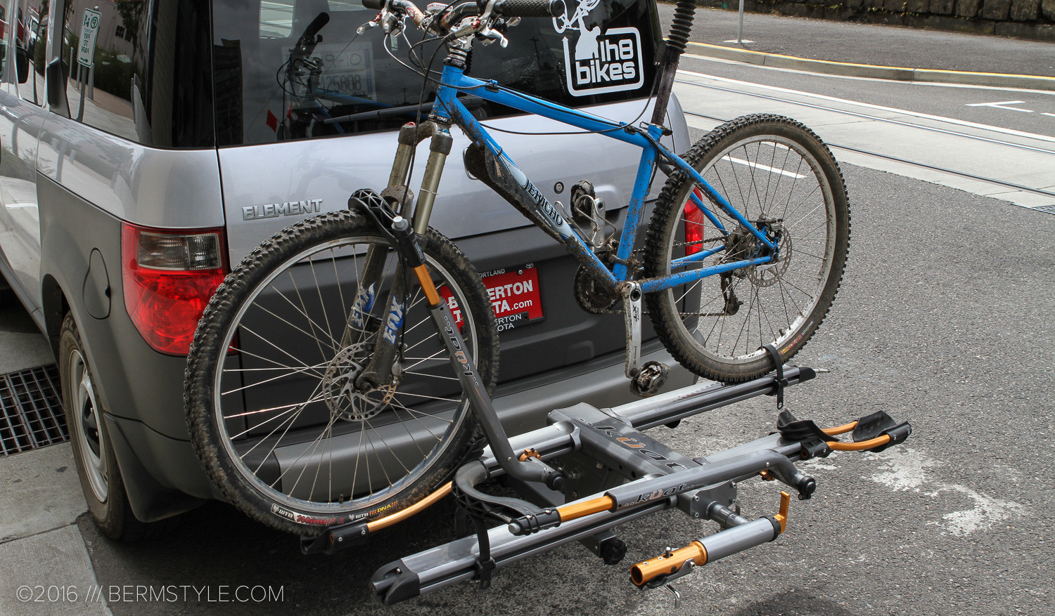 com etrailer review bike platform racks nv kuat rack youtube watch