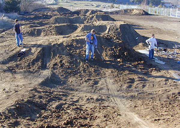 Riders shaping the faces during the construction. Photo: Alex