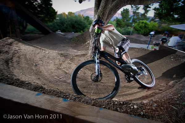 Ripping the 180 berm around the tree.