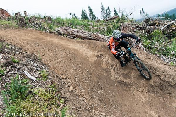 Mathew Magnus rocks the Kali Avatar on a run down the Thrillium DH Trail in Camus, Washington.