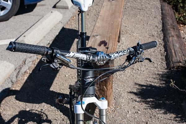 Answer ProTaper DH Carbon bars mounted on a Santa Cruz Blur TRc