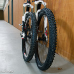 From this angle the 650b wheel does look bigger..