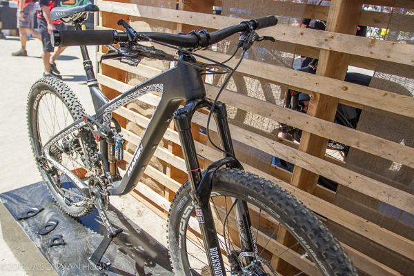 Marin Bikes Carbon Attack Trail 650b
