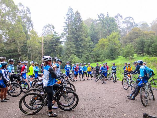 Local mountain biking LUNA Chix teams in a training clinic