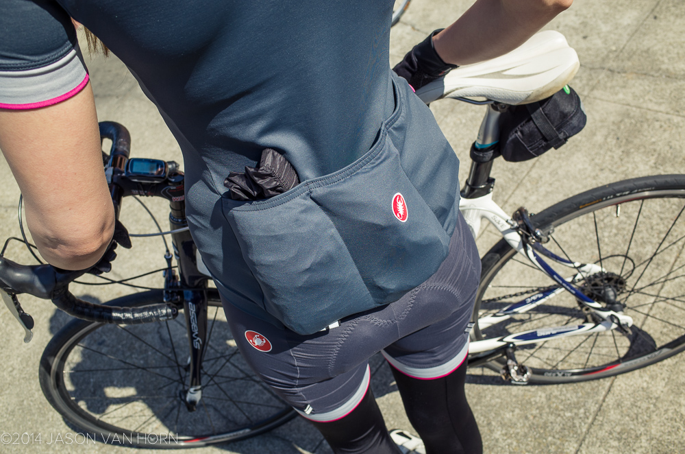 rear pockets on castelli jersey