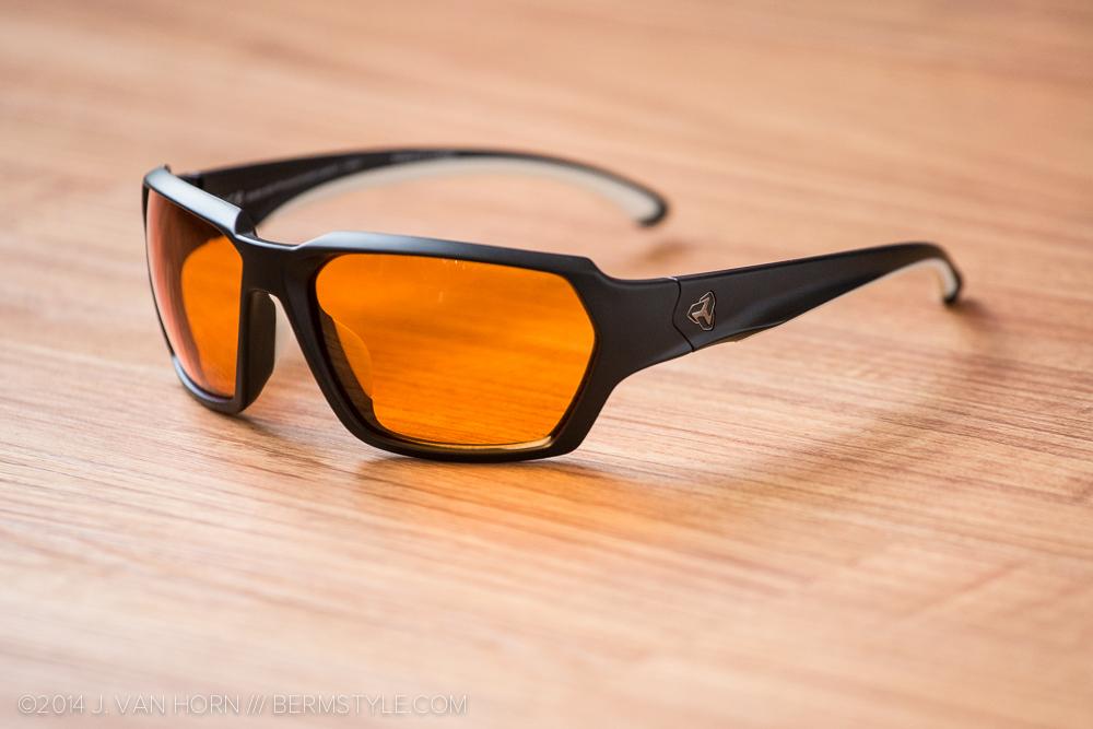 Ryders Face Sunglasses with orange photochromic lenses