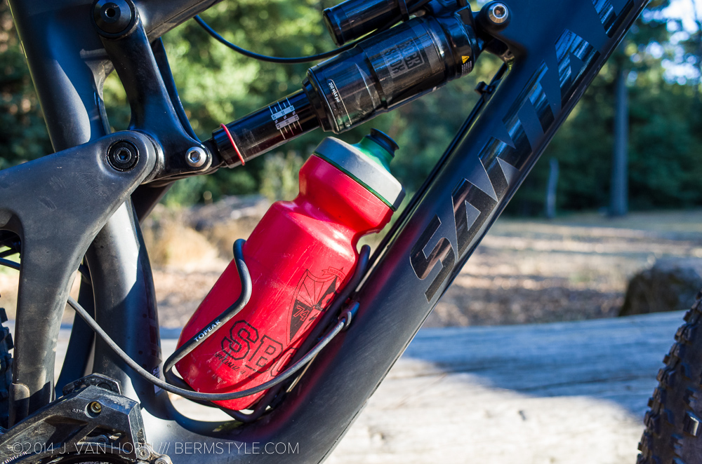 Water bottle clearance on 650b Nomad carbon