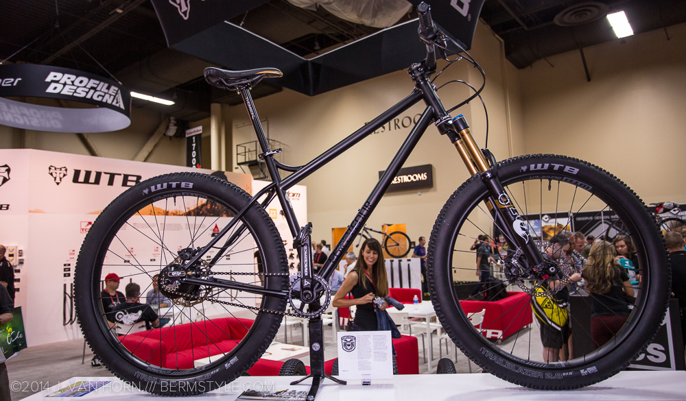 650b+ wheels and tires as featured on a Fourty-Four Bikes hardtail.