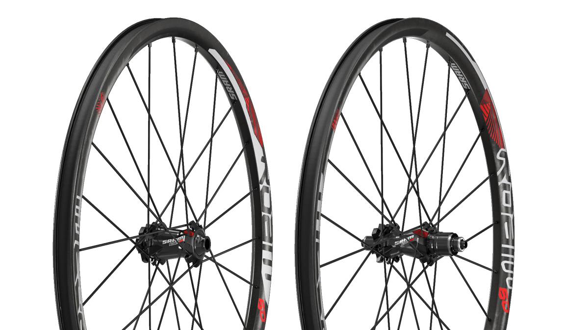 SRAM ROAM 60 Carbon Wheels