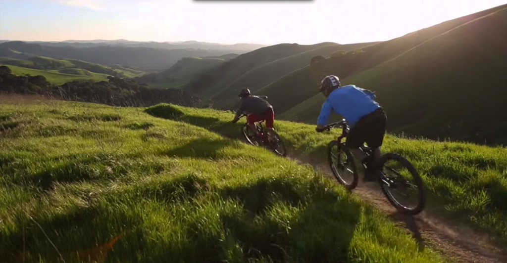 Video: Santa Cruz Nomad vs. Specialized Enduro