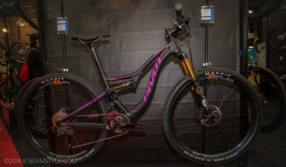 Stuff We Like: Pivot Mach 4 Carbon