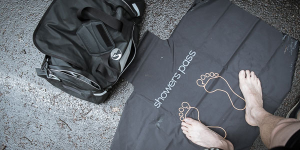 Review: Showers Pass Refuge Waterproof Duffle Bag feauted image
