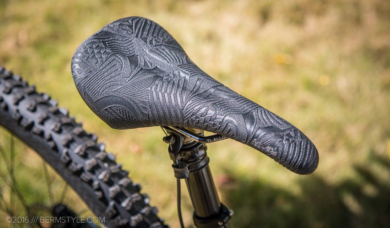 SDG Bel Air ti-alloy saddle