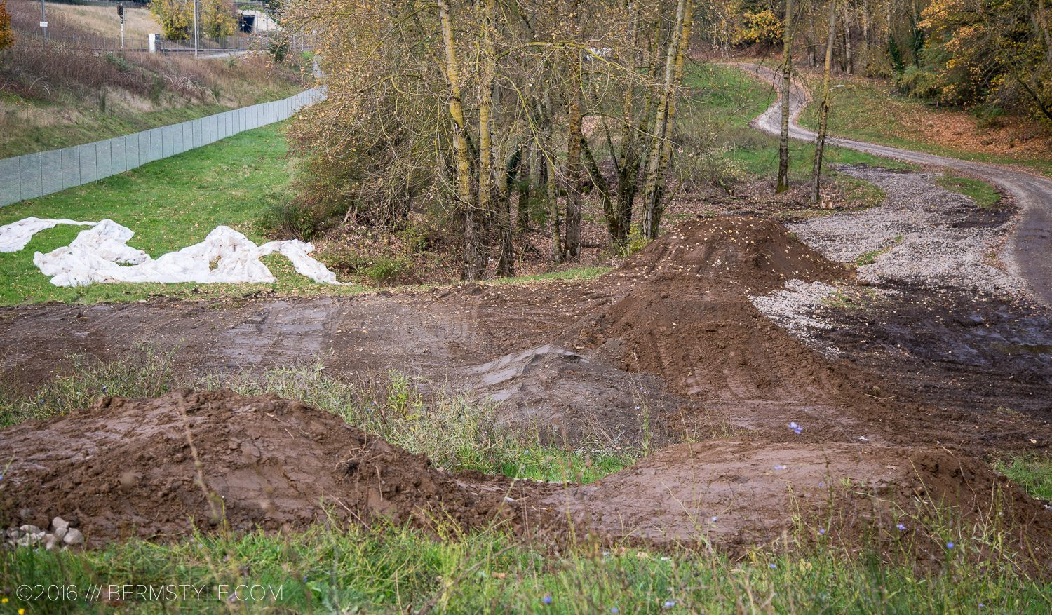 gateway-green-bikepark-construction-8002