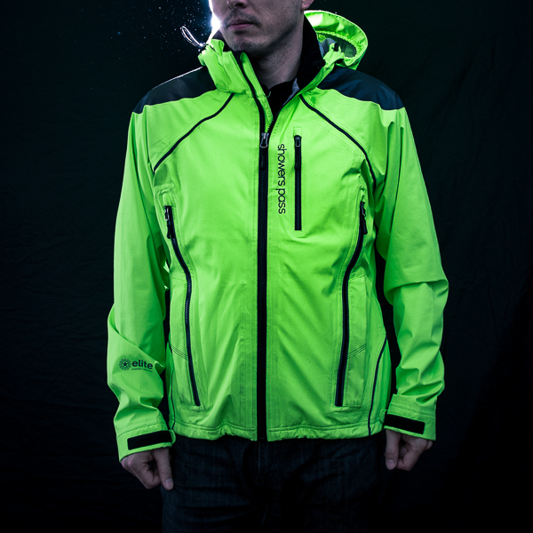 Showers Pass Refuge High Vis Jacket Review feauted image