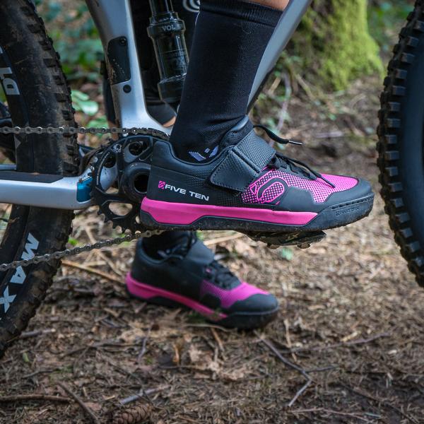 Five Ten Hellcat Pro Women's Clipless Shoes feauted image