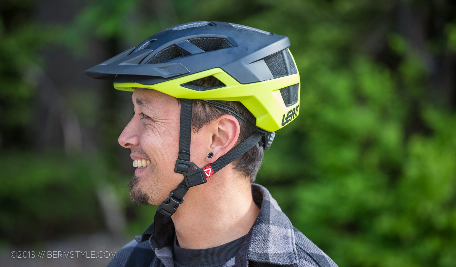 Review: Leatt DBX 2.0 Helmet